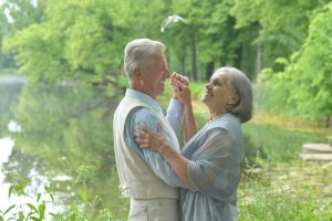 olderlovingcouple